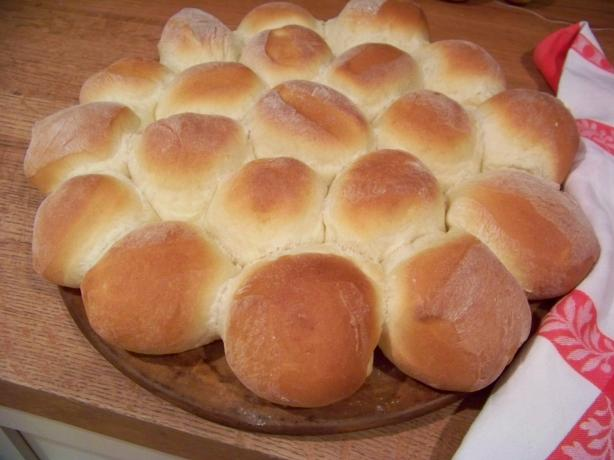 Incredible Soft Dinner Rolls (ABM)