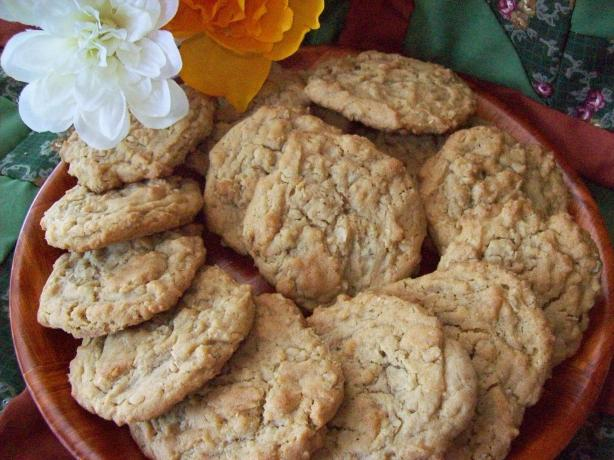 The Best Peanut Butter-Oatmeal Cookies