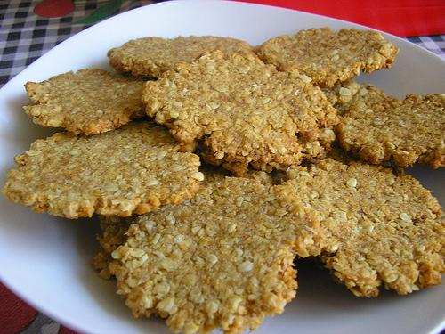 Easy Tasty Healthy (Ish) Flourless 2 Way Peanut Butter Cookies