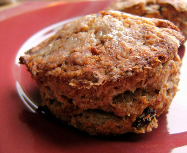 (Relatively) Healthy Oatmeal Scones