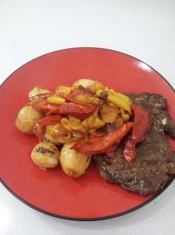 Rib-Eye Steaks With Roasted Red Peppers and Balsamic Vinegar