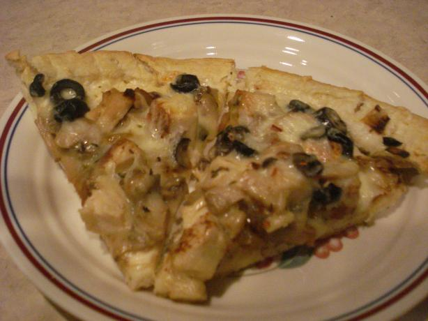 Mika's Chicken Alfredo Pizza