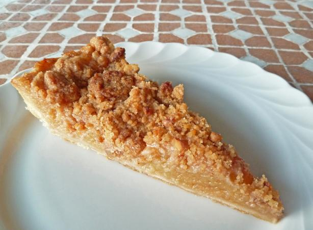 Whiskey-Apple Crumble Pie