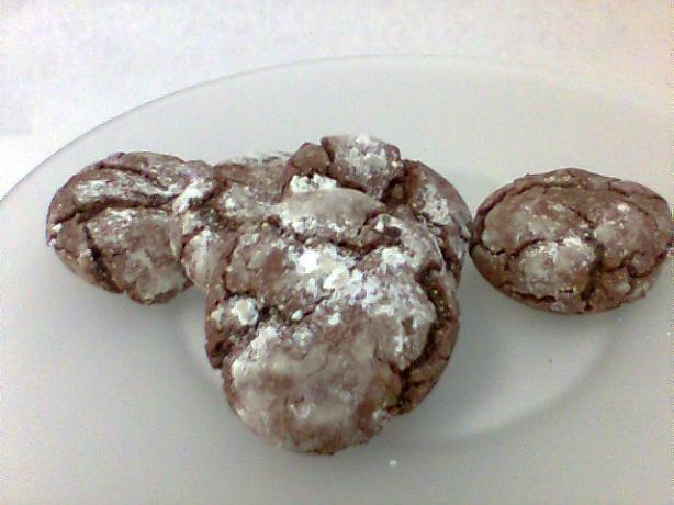 Chocolate Mint Snow Top Cookies