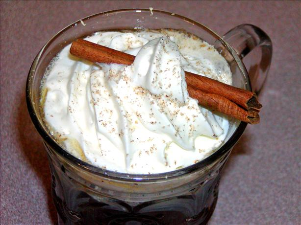 Hot Butter Your Buns With Buttered Rum in a Crock Pot