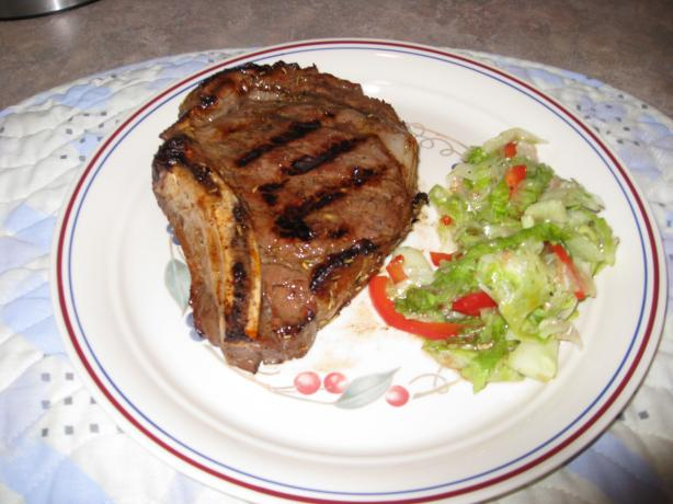 Grilled Rib Eye Steak & Red Onions