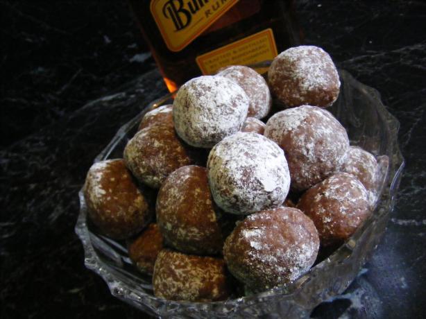Aunt Vi 's Rum Balls