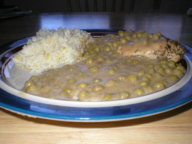Solo Chicken Breast in Peas and Buttermilk Gravy