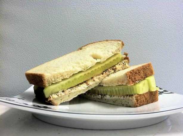 Super Quick and Easy Cucumber Sandwich
