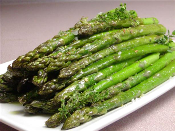 Roasted Asparagus With Garlic and Fresh Thyme