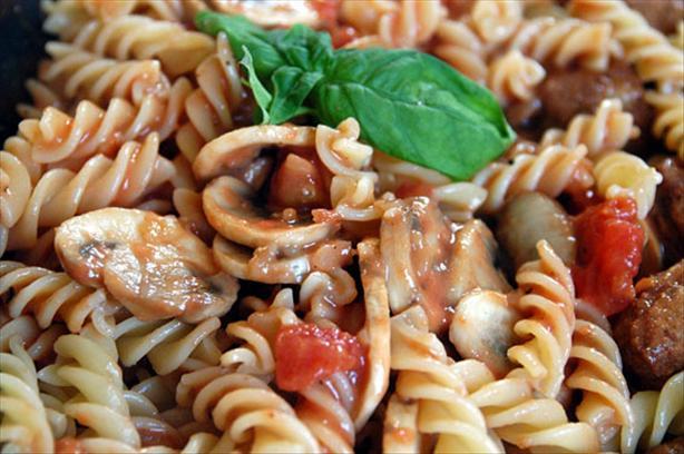 Pasta With Mushroom Tomato Sauce