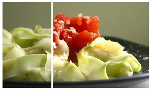 """Zucchini """"Pasta"""" with Fresh Tomato Sauce"""