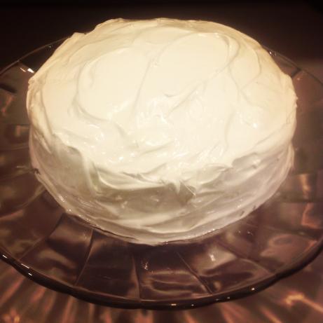 Dominican Meringue Cake Frosting (Suspiro)