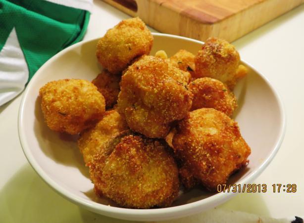 Fried Macaroni and Cheese Balls