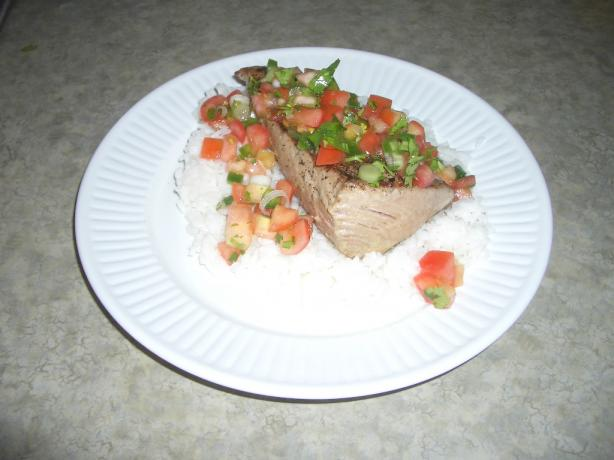 Pico De Gallo Seared Ahi