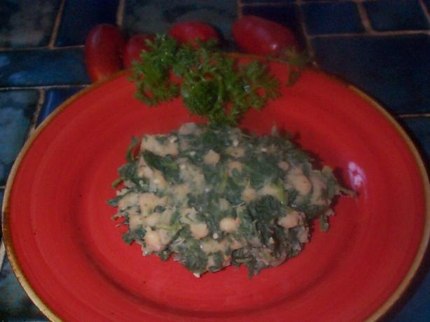 Sauteed Cannellini With Spinach and Garlic