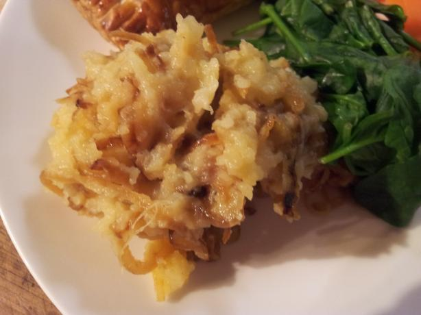 Potatoes Mashed With Caramelized Onions