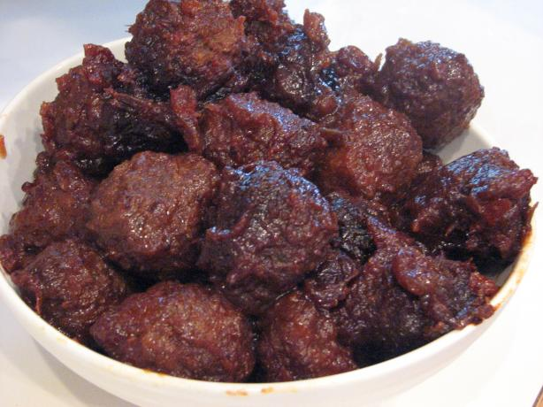 Slow-Cooker Cranberry Chili Meatballs