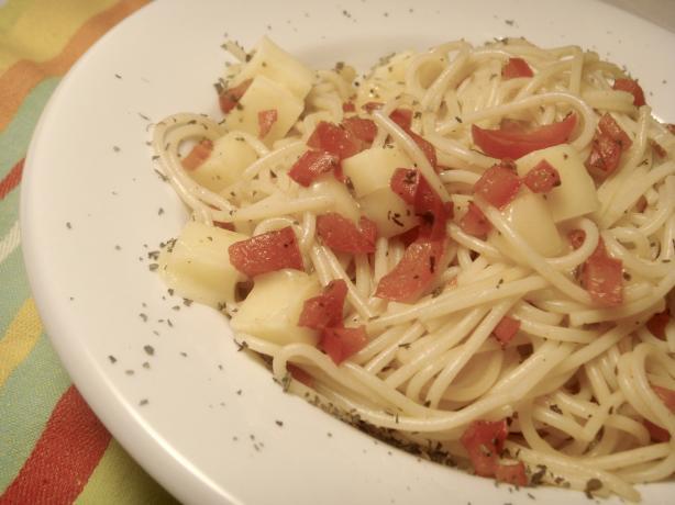 Easy Pepper Basil Spaghetti