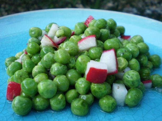 Dee's Pea and Radish Salad