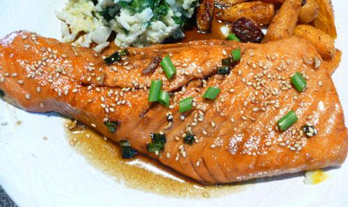 Pan Seared Salmon With Tare Sauce