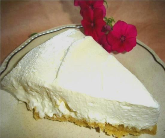 Luscious Low Carb Cheesecake (no-bake)