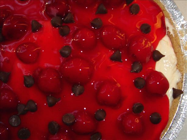 Low-Fat Cherry Cheesecake Pudding Pie