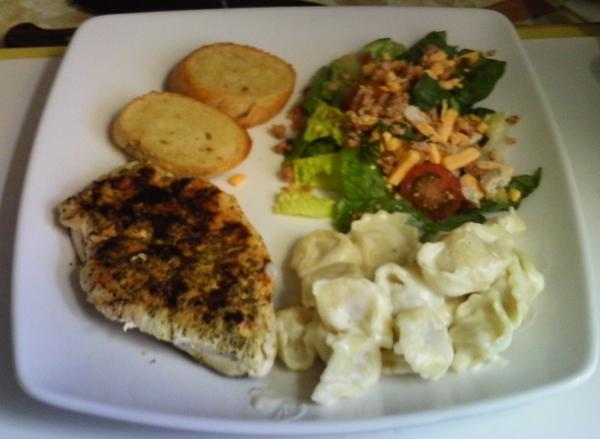 Grilled Lemon Pepper Chicken With Cheese Tortellini in Alfredo S