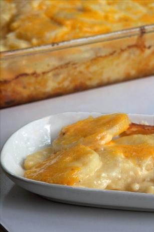Simply Rich Cheddar Scalloped Potatoes