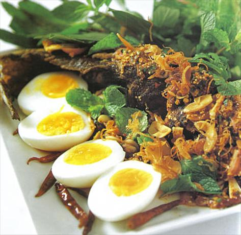 Thai Country Style Fish (Pla Nai Suan Rot Det)