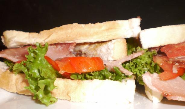 Blet - Bacon, Lettuce, Egg and Tomato