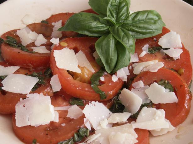 Easy Marinated Tomato Salad