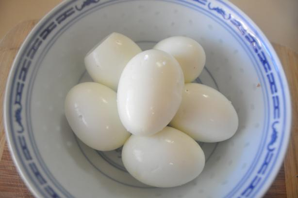 Martha Stewart's Hard Boiled Eggs 101