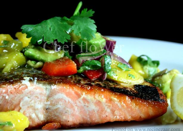 Salmon With Coriander/Cilantro Mango Salsa