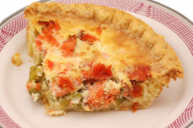 Quiche Aux Asperges Et Saumon (Asparagus & Salmon Quiche)