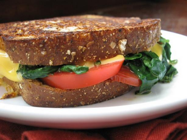 Grilled Cheese With Spinach & Tomato