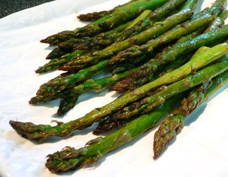 Grilled Asparagus With Lemon & Mint