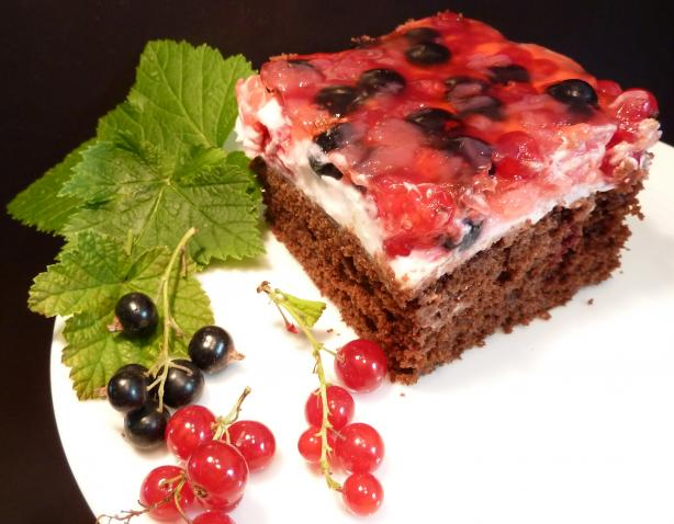 Chocolate Berries Cake With Mascarpone