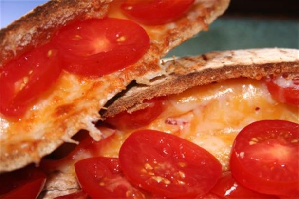 Breakfast Tomato/Cheese Pita