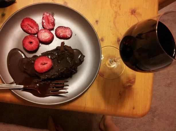 Chocolate Flourless Torte / Cake