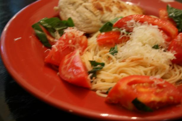 Quick Tomato, Basil & Garlic Pasta Dinner
