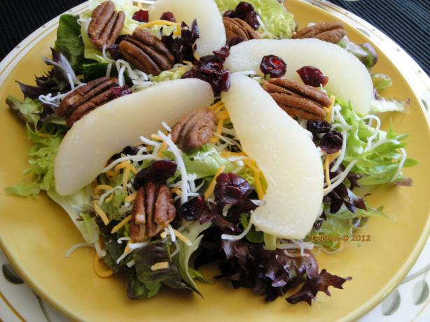Mixed Greens and Pear Salad