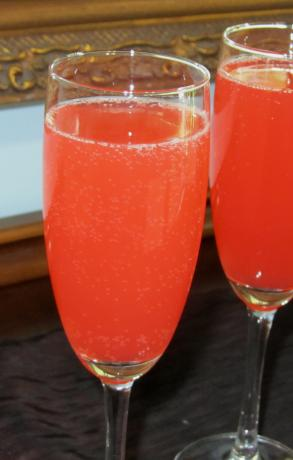 Buck's Sunrise Fizz