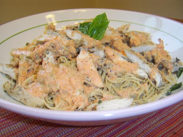 Chicken With a Red Pepper Cream Sauce