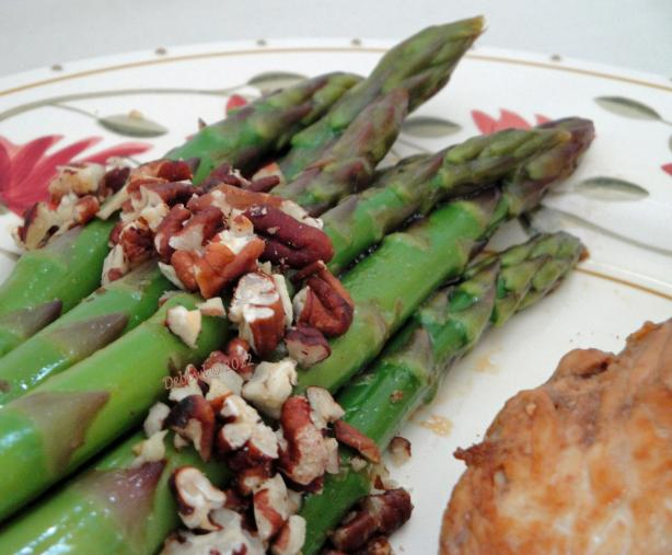 Chilled Asparagus With Pecans