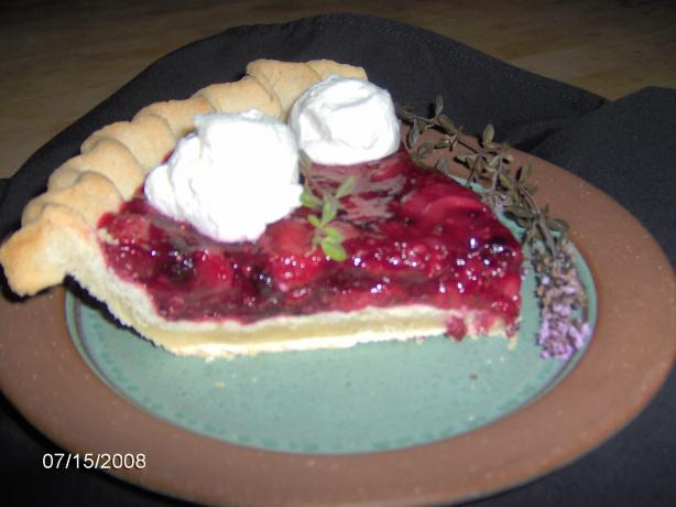 Stuffed-Crust Strawberry Cream Pie (Pillsbury)