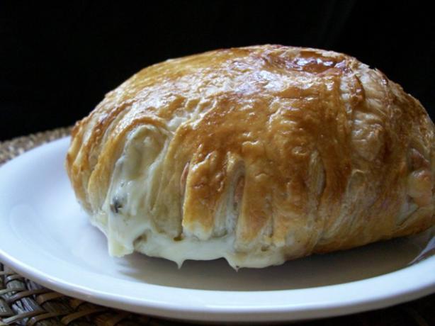 Mushroom Stuffed Brie En Croute