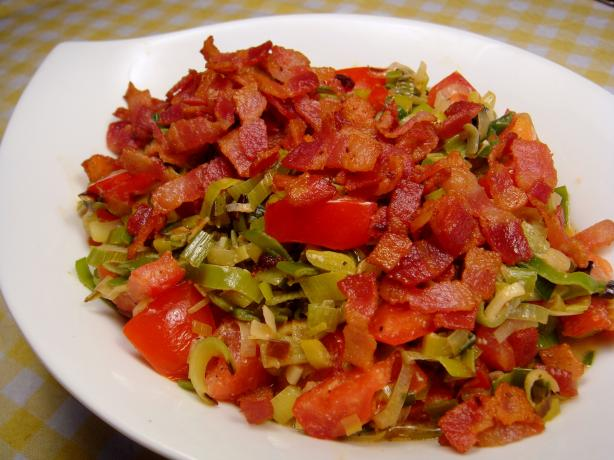 Creamed Leeks With Tarragon, Tomatoes, and Bacon