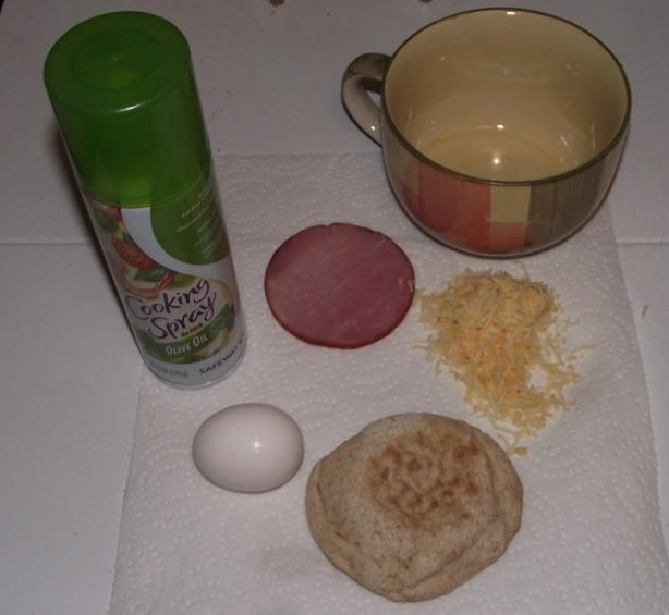 Microwave Egg & Toasted Muffin Sandwich
