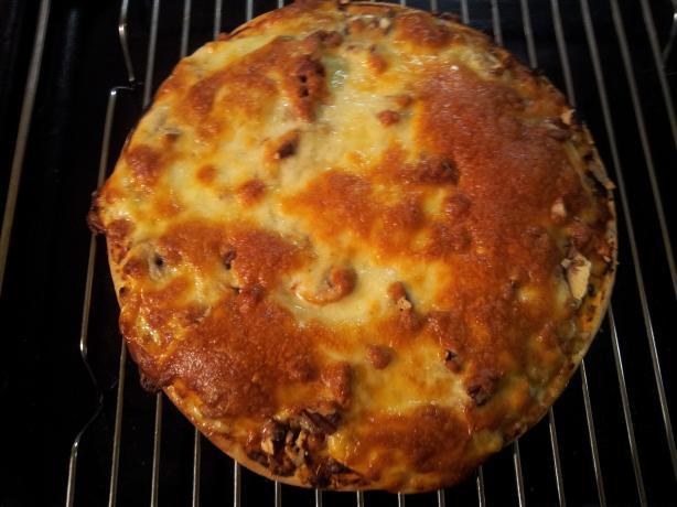 Pizza With Mushrooms, Garlic & Walnuts